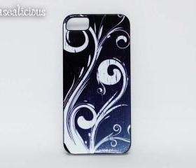 Designer vintage style case, swirls, Trendy cases, unique, boutique, iphone 4 case, iphone 5 case, iphone